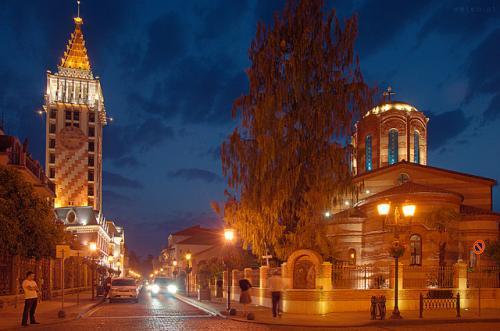 Gruzja, Batumi nocą